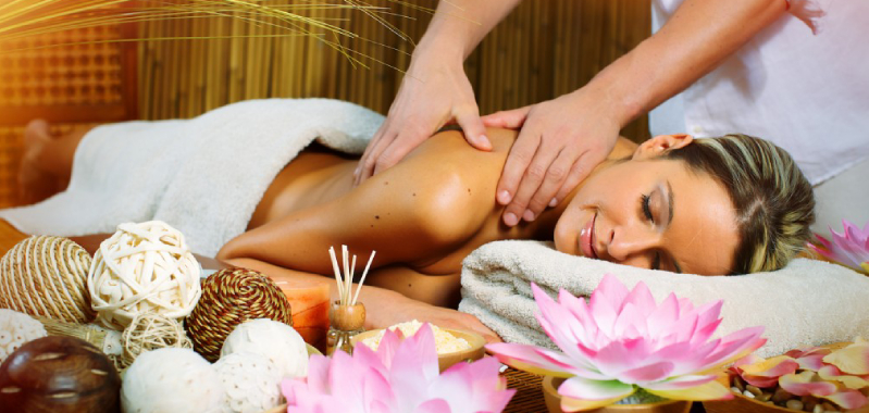 Health Benefits and Possible Risks of Spa Treatment.